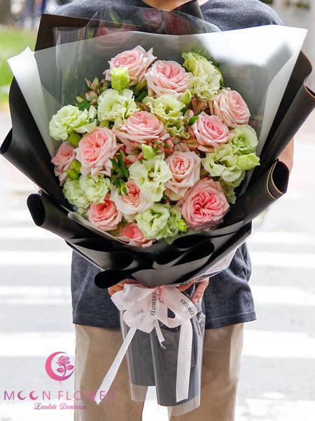 Bó hoa chúc mừng hồng pink OHARA cát tường xanh