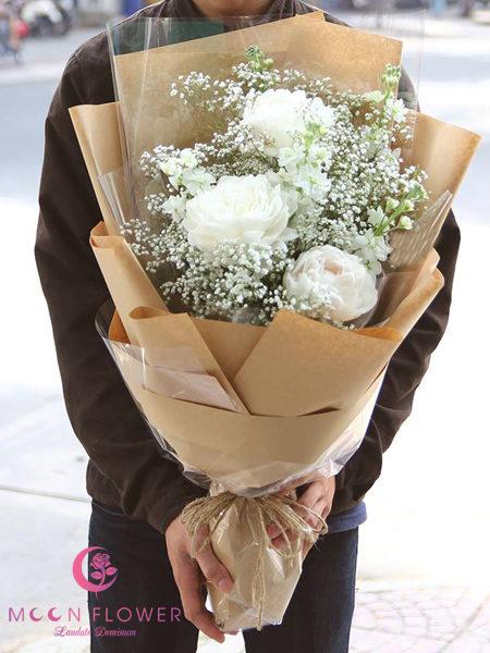 bó hoa mẫu đơn trắng 3 bông
