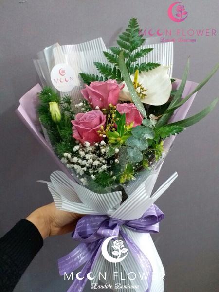 Bó hoa tặng sinh nhật hồng tím nhẹ nhàng