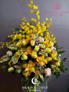 giỏ hoa tặng sinh nhật tại hà nội mầu vàng