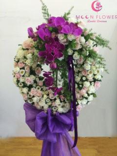 Vòng hoa tang lễ tại hà nội sang trọng