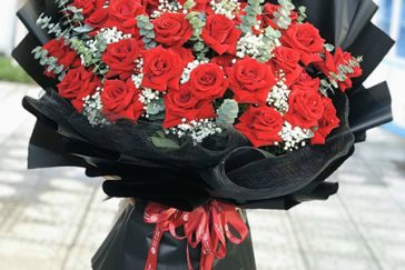 Tư vấn chọn hoa tặng kỷ niệm ngày cưới trong 100 năm