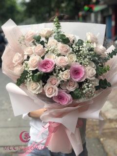 Bó hoa tặng 20 tháng 10 hồng kem - Lãng Mạn