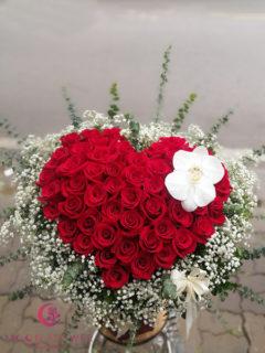 Giỏ hoa hình trái tim - Tình yêu thuỷ chung