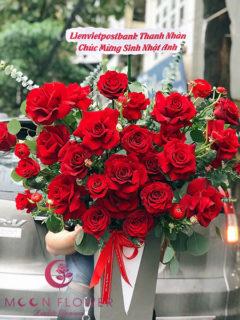 Giỏ hoa hồng đỏ - Nồng nàn lộng lẫy