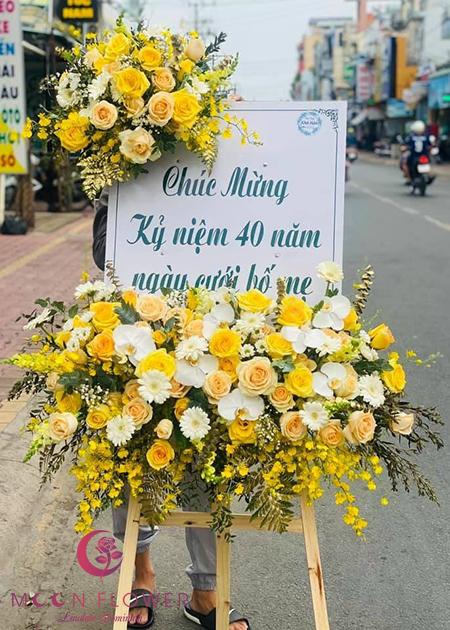 Lẵng hoa chúc mừng Hà Nội - Quan Tâm