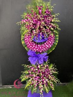 Vòng hoa lan tím tại Hà Nội - Viên Mãn