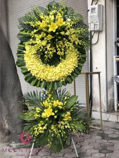 Vòng hoa lan vàng tại Hà Nội - Vô Thường